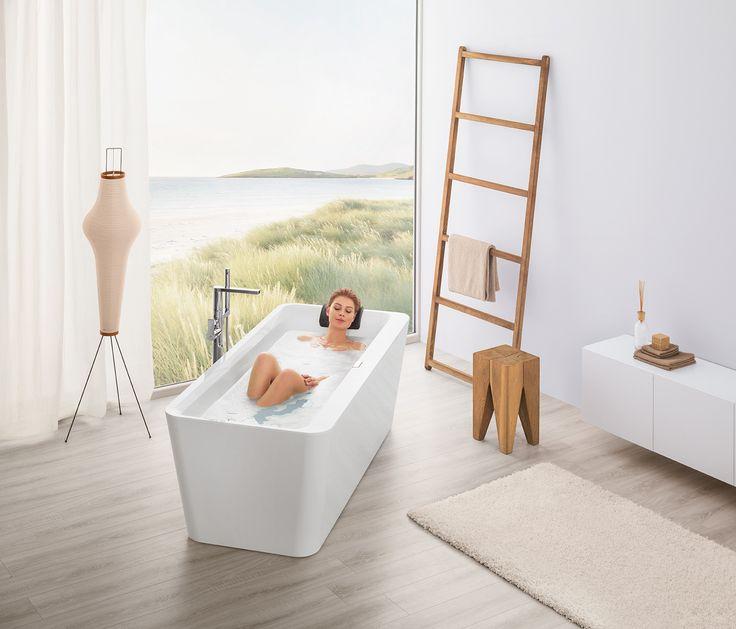 Deze unieke collectie baden van Villeroy & Boch overtuigt met een uiterst smalle badrand.