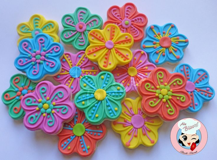 Biscotti tema floreale  #cakedesign #birthdaycookies #flowercookies #cookies
