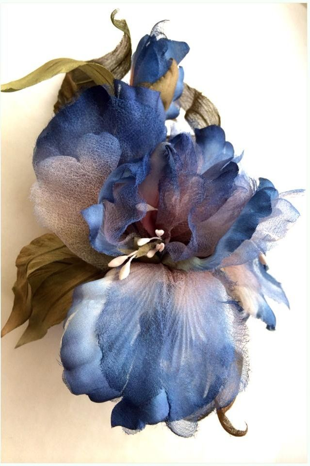 Hellen Cherednichenko  This is a Fabric Flower, not a watercolor, but a good idea for one.