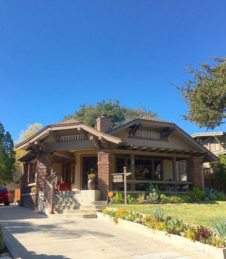 Recrafting A 1915 Craftsman: 25+ Best Ideas About Craftsman Bungalows On Pinterest