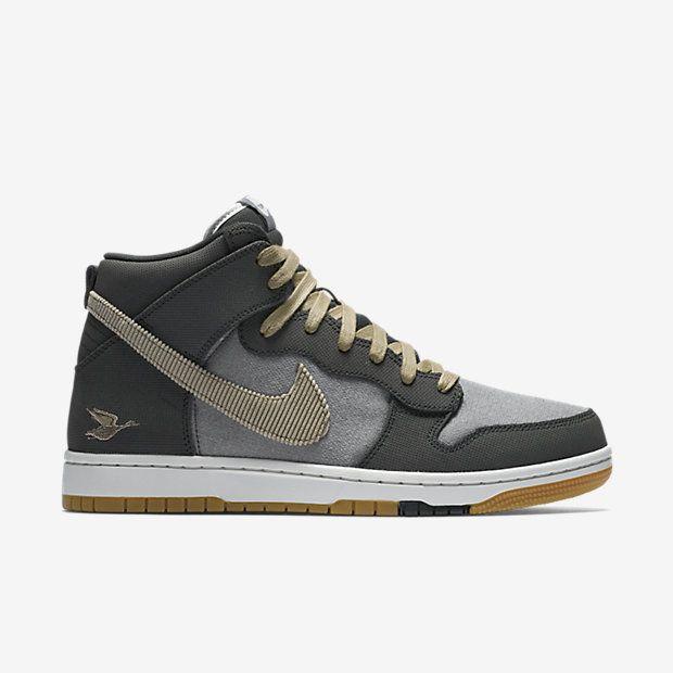 Nike Dunk CMFT Premium Men's Shoe · Chaussures Hommes ...