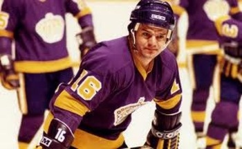 Marcel Dionne: Dionn Middle, Marcel Dionn, Hockey Players, Fastest Sports, The King, Favorite Hockey, Hockey Music, The Angel King, Sports Favorite