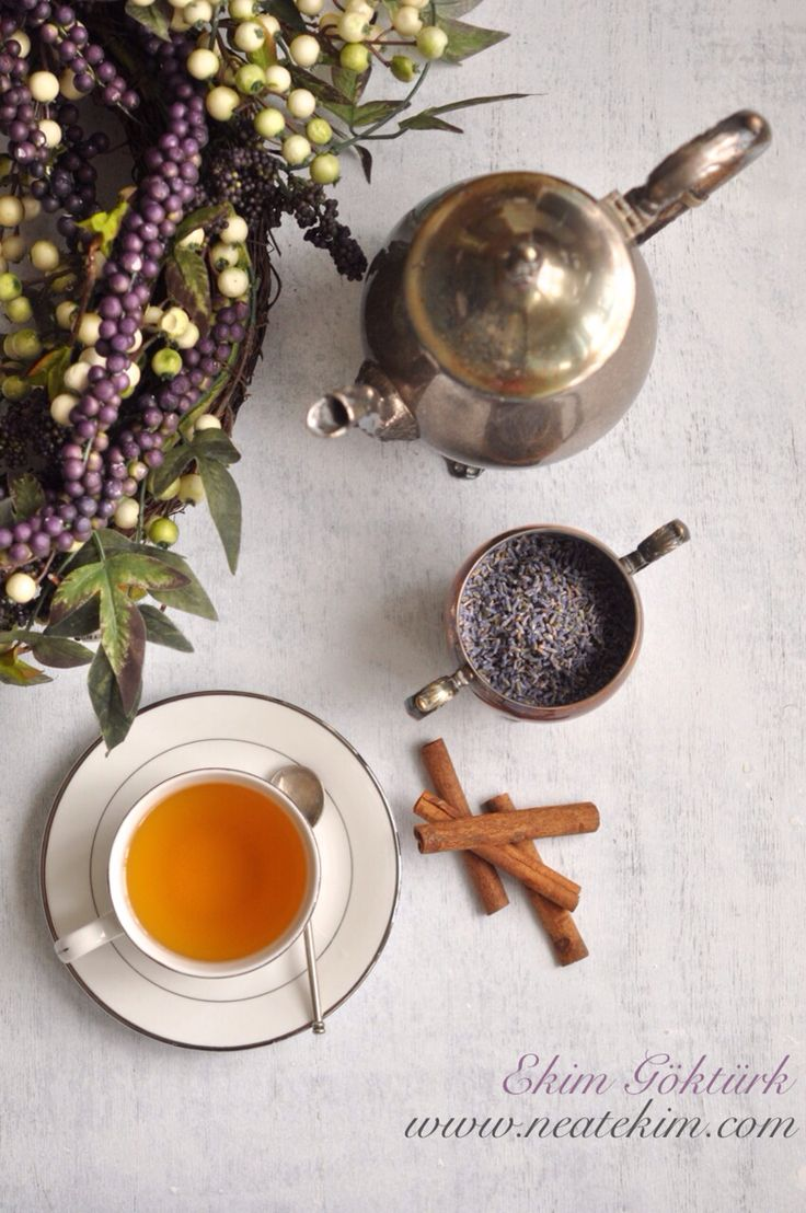 Tea time ✨ #tea #lavender #5oclock #teatime #afternoon #foodstyling #neatekim #ekimgöktürk #ekimgokturk #food #drink #styling #foodphotography #yemekstilisti #yemekfotoğrafçısı #cinnamon #silver #london #detox #relax