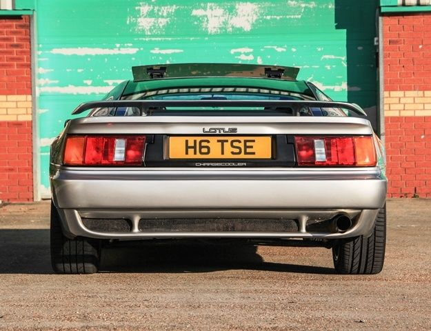 1990 Lotus Esprit | Classic Driver Market