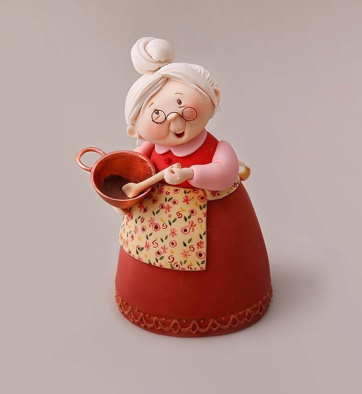 Abuelita en porcelana Fria