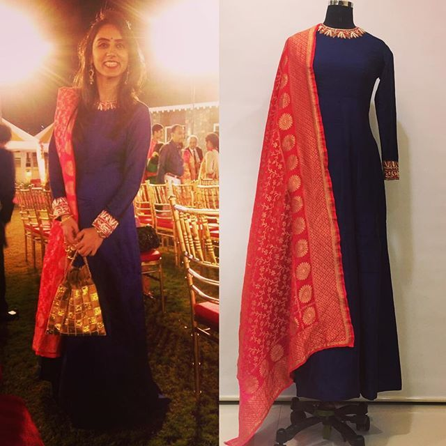 My sweetheart of a client!!! @poojapunjani is always smiling, positive and relaxed!!! She radiates that glow in a simple but statement making navy blue raw silk anarkali with a touch of hand embroidery and a warm red Banarasi dupatta   #clientdiaries #happyclient #ishanikamdarlabel #ishanikamdar #navyblue #red #banarasidupatta #indianwedding #weddingseason2016 #weddingstyle #anarkali  #happygirlsaretheprettiest