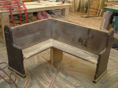 repurpose+a+church+pew+bench | Below are photos of a church pew that is being repurposed for use in ...