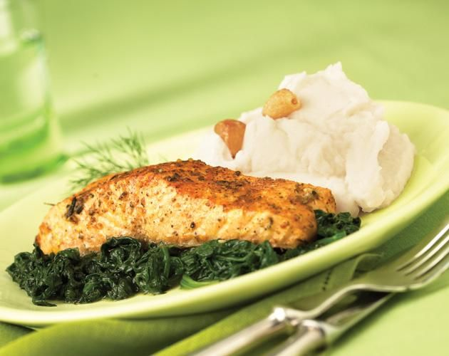 A 20 minute baked salmon recipe for a protein packed meal for Oven grilled fish recipes