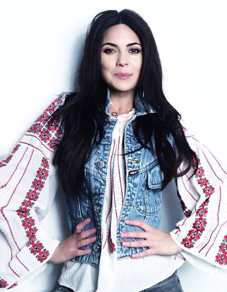 Inna wearing a Romanian traditional blouse....so pretty!