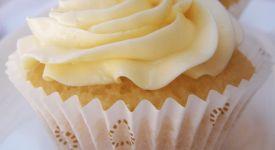 Se você assiste as reprises de Cupcake Wars (Guerra dos cupcakes), deve ter visto a Chef Chloe e suas receitas veganas altamente elogiadas pelos juízes. E