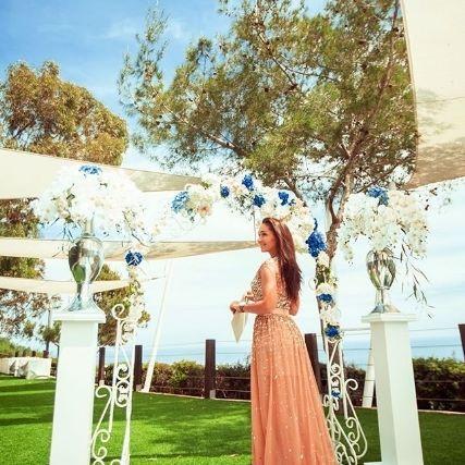 Your special day becomes truly magical with this setting at Grecian Park Hotel Cyprus! 📷: @ekaterina_monastyrskaya/Instagram #mediterranean #cyprus #WeddingDay #hotel #visitcyprus #seaviews #island #protaras #grecianparkhotel #grecianpark #GrecianWeddings #capegreco #amazingviews