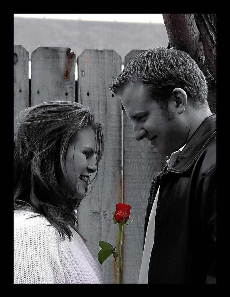 Express your love. Share your smile @UniqueRosesCA  #Luxury #Roses #Valentines #Gift #Love #Happy #Friendship #Toronto #Canada #UniqueRosesCA