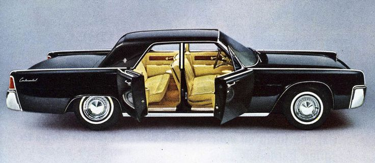 Lincoln Continental 1963, the first model car I ever built, it was an AMT 3 in one kit!