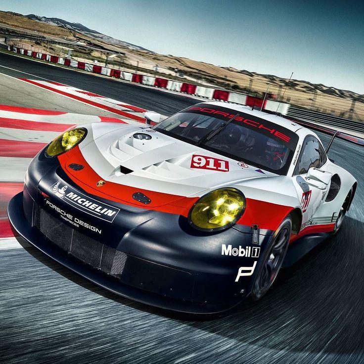 Porsche 911 RSR 2017 Esse é o novo carro GT para competições da @porsche para a temporada 2017. O novo 911 RSR alia design sistemático de baixo peso e um  o ultramoderno motor horizontal de seis cilindros posicionado à frente do eixo traseiro. A unidade de quatro litros de cilindrada extremamente leve com injeção direta de combustível e comando de válvulas rígido.  O seis cilindros rende 510 cavalos acoplado com caixa de câmbio sequencial de seis marchas com engrenamento permanente layout…
