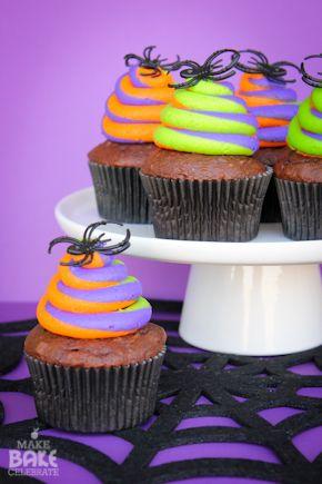 swirly halloween cupcakes