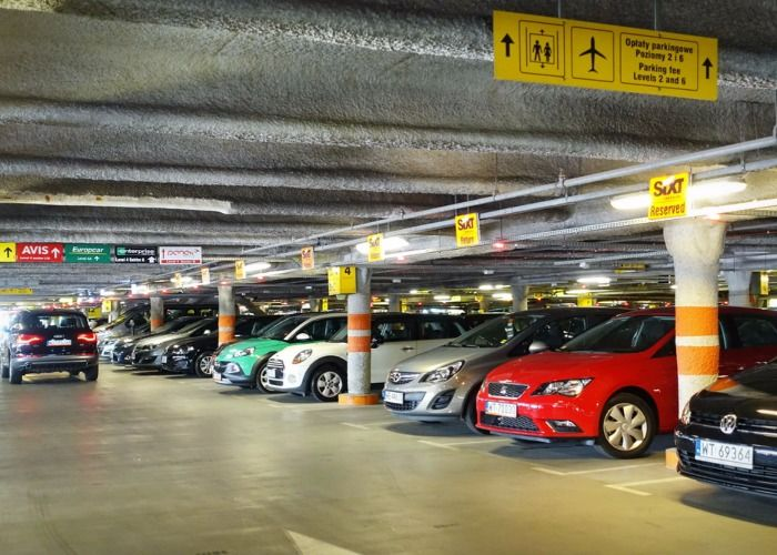 Own The Benefits Of Meet And Greet Valet Parking At Heathrow Manchester Airport Airport Parking Gatwick