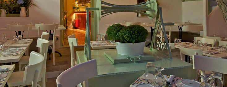 Mykonos Restaurant Bakalo in Mykonos Town