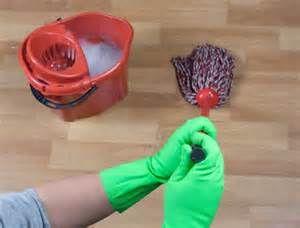 como limpar paviflex,piso vinilico,piso linoleo http://oazulejista.blogspot.com.br/2014/07/como-limpar-piso-vinilico-paviflexpiso.html#axzz37ULdgoE3