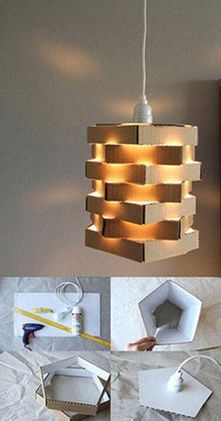 Original lámpara reciclando cartón