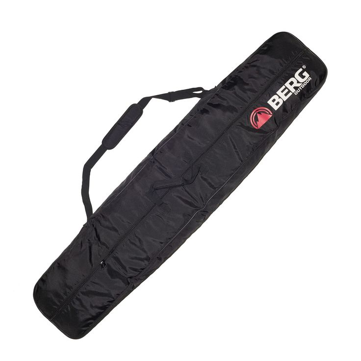 Bag to carry the snowboard while travelling and when stored in the ski lockers.