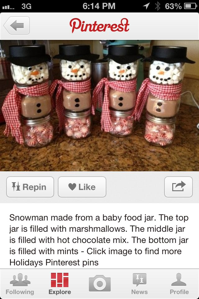 Snowman Made Out Of Baby Food Jars Try Making A Touque An Old Sock Cut Off Or Use Small Pompoms With Pipe Cleaner To Make Earmuffs