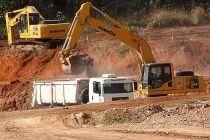 Obras do Aterro Sanitário Oeste são retomadas - http://noticiasembrasilia.com.br/noticias-distrito-federal-cidade-brasilia/2015/07/30/obras-do-aterro-sanitario-oeste-sao-retomadas/