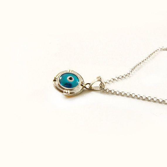 Evil Eye Necklace Blue Eye Pendant Necklace by sunnybeadsbythesea