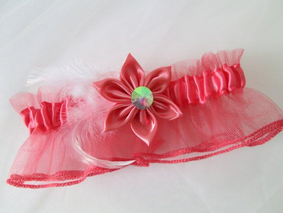 Coral Homecoming Garter, Coral Wedding Garter, Melon Pink Bridal Garter with Kanzashi Flower & White Feather, Toss Garter