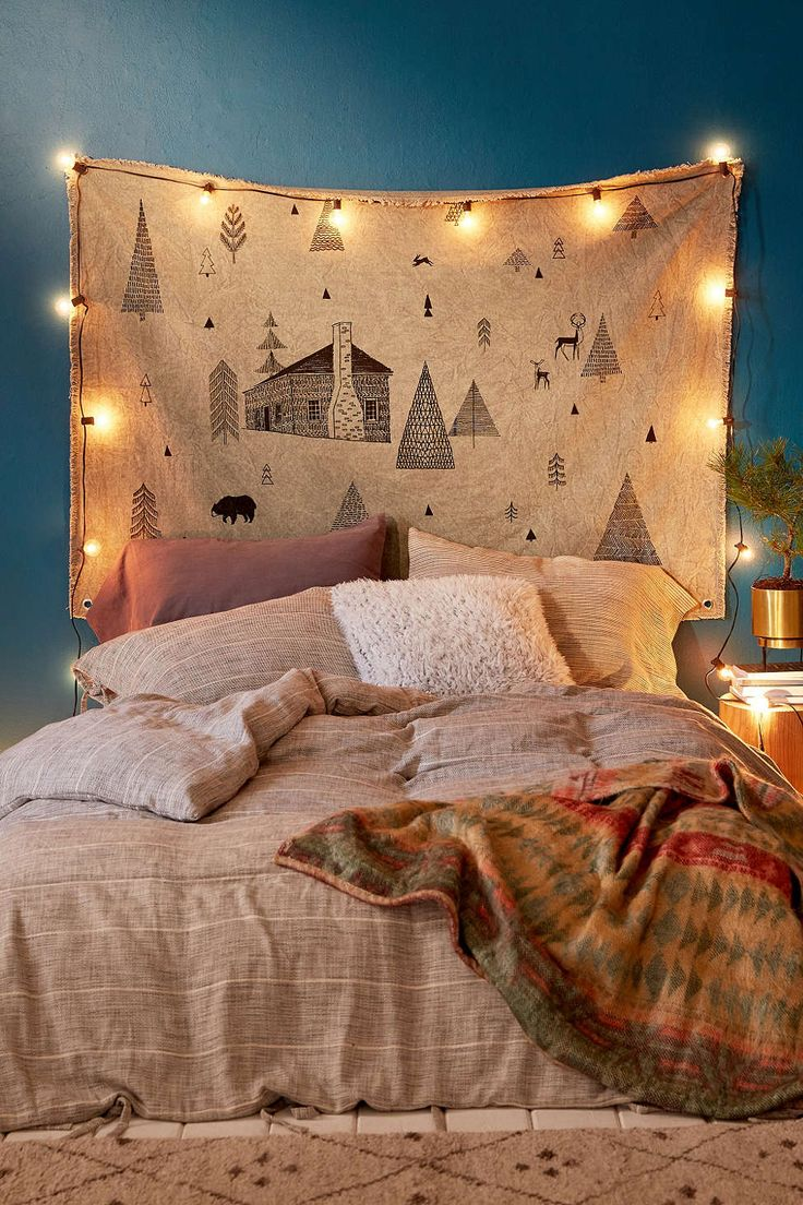 In The Woods Tapestry - Urban Outfitters