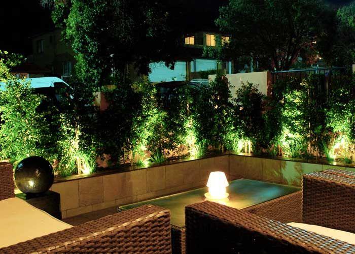 Luces para el jardin buscar con google jardin pinterest adorno jardin luces para el - Luces para patios ...