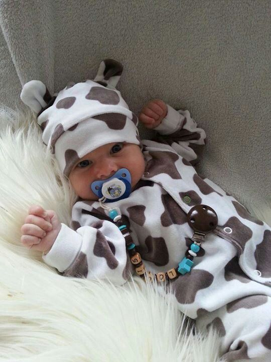 @Danielle Brockhohn  this outfit will be a much needed gift from you if I ever have a child