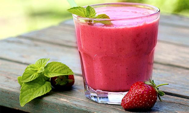 Após a folia, o corpo pede um descanso e os sucos específicos ajudam na hora de eliminar os excessos. Experimente a nova sensação do suco rosa ou aposte no queridinho suco verde!