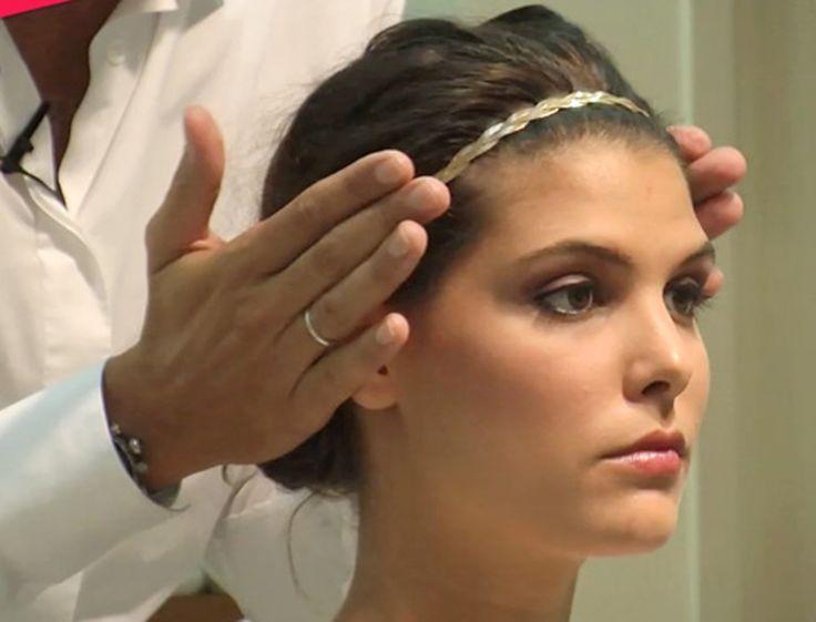 Accessoirisez vos cheveux d'un headband en suivant nos astuces en vidéo et obtenez un look très tendance.