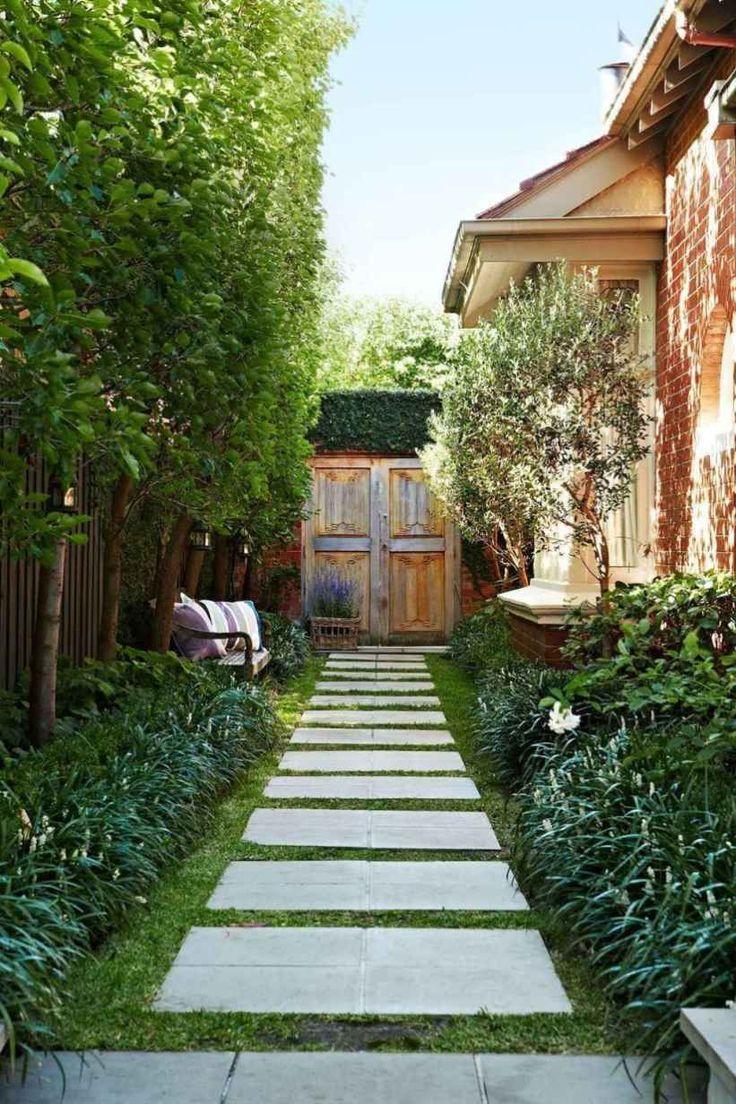 13 Beautiful Side Yard Garden Pathway Design Ideas ... on Side Yard Walkway Ideas id=39408