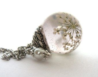 Beautiful Queen Anne's Lace Resin Pendant Necklace Sphere  - Flowers encased in resin orb, Pressed Flower Jewelry - Snowflake Pendant
