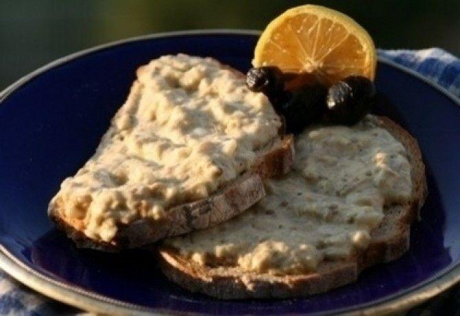 Majonézes padlizsánkrém (Padlizsánkrém 5.) recept képpel. Hozzávalók és az elkészítés részletes leírása. A majonézes padlizsánkrém (padlizsánkrém 5.) elkészítési ideje: 70 perc