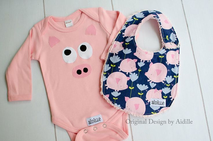 Baby Girl Pig Bodysuit and Bib Set Little Piggy Piggies by Aidille, $38.00