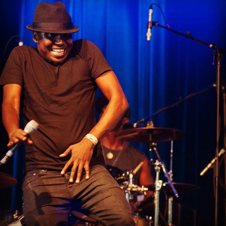 Aliou Touré gets down!  #songhoyblues #pfffpics #musicinexile #malimusic #blues #desertfunk #africabluesrock  #dancemoves #concertphotography #muscians #gigphotography #livemusicphotography by una_burke