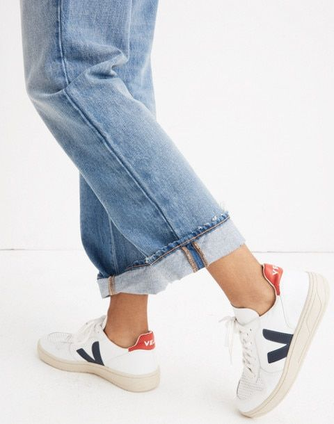 49d0b49f82acc Veja™ V-10 Sneakers in Colorblock in white navy red image 2