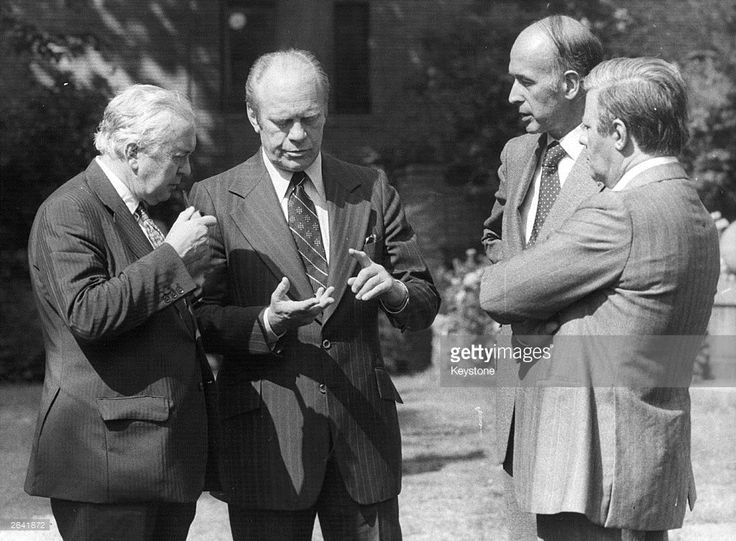 1975: Gerald Ford (1913-2006), the 38th President of the United States with Harold Wilson (left), Giscard D'Estaing and Helmut Schmidt (1918-2015) (right), leaders of Britain, France and Germany, at the Helsinki Conference.