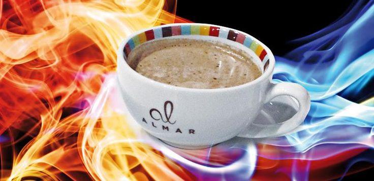 MISCELA PREPARATA PER BEVANDA ENERGETICA DIPIÙ - Una bevanda da sorseggiare con calma per riscaldarsi. Dipiù infonde energia, stimola la mente e rinfresca la bocca con il suo piacevole gusto. Dipiù è una bevanda profumata come il miele, bollente come il caffè, una bevanda energetica come il guaraná, una bevanda aromatica come il cacao e fresca come la menta. Dipiù può essere servita in tazza al tavolo o in walky cup, la simpatica tazza da portare via.