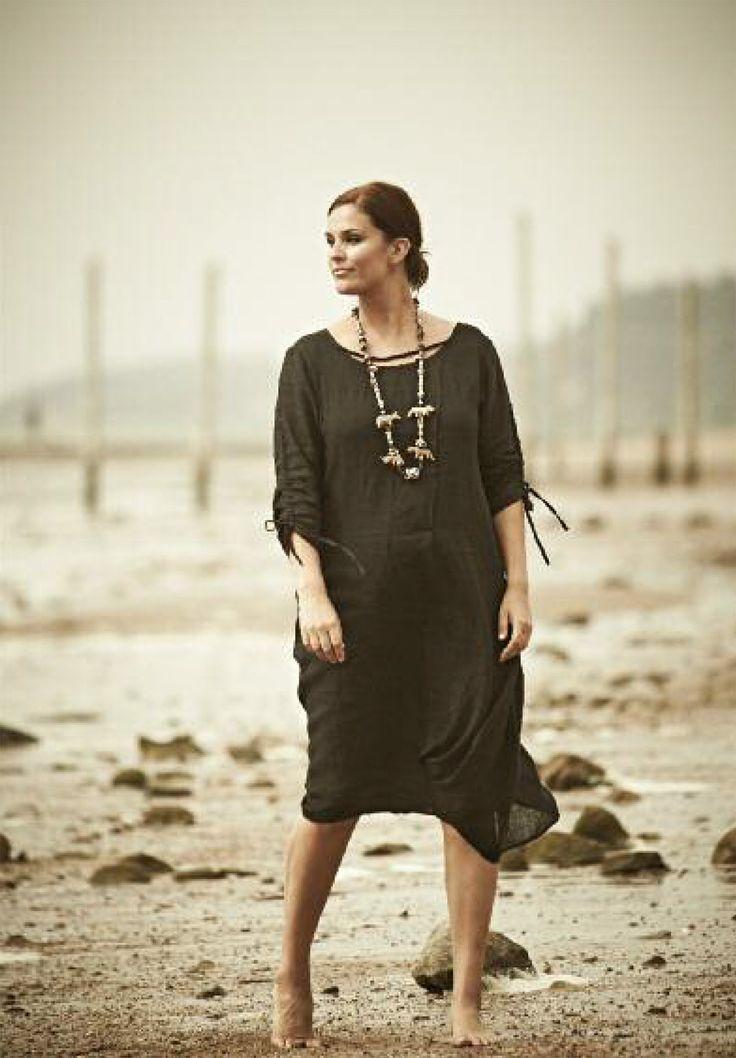 Black on the Beach...scandinavian summertime. DNY CPH dress #dny #store størrelser
