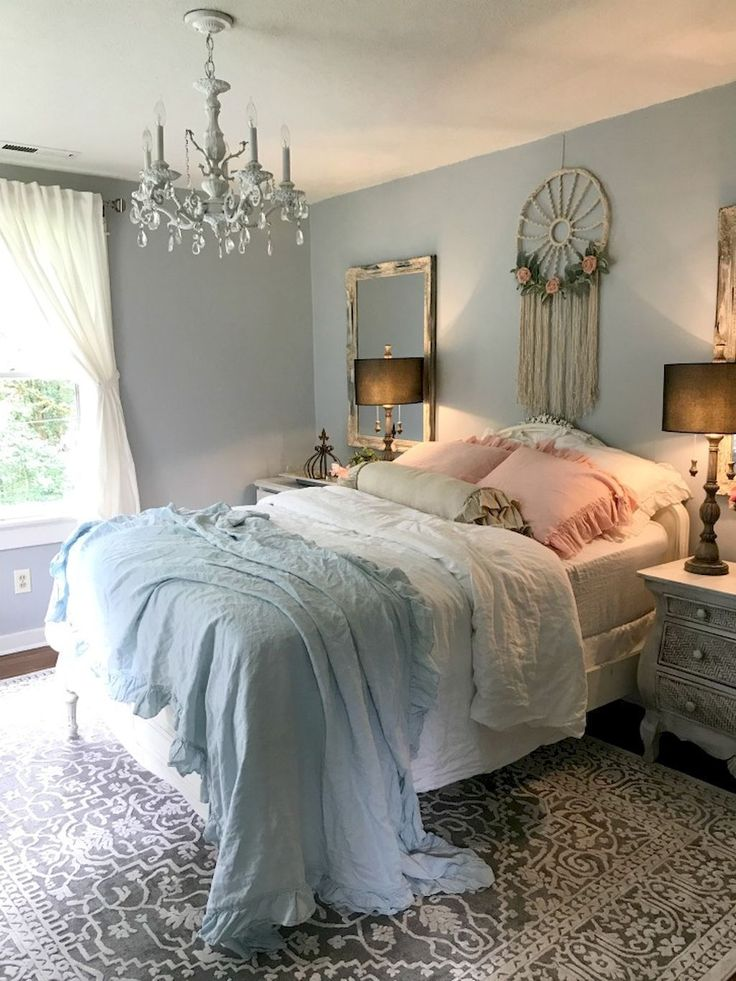 Romantic Shabby Chic Bedroom Decorating Ideas (42) #shabbychicfurniture #cheapdiydecoratingbedroom