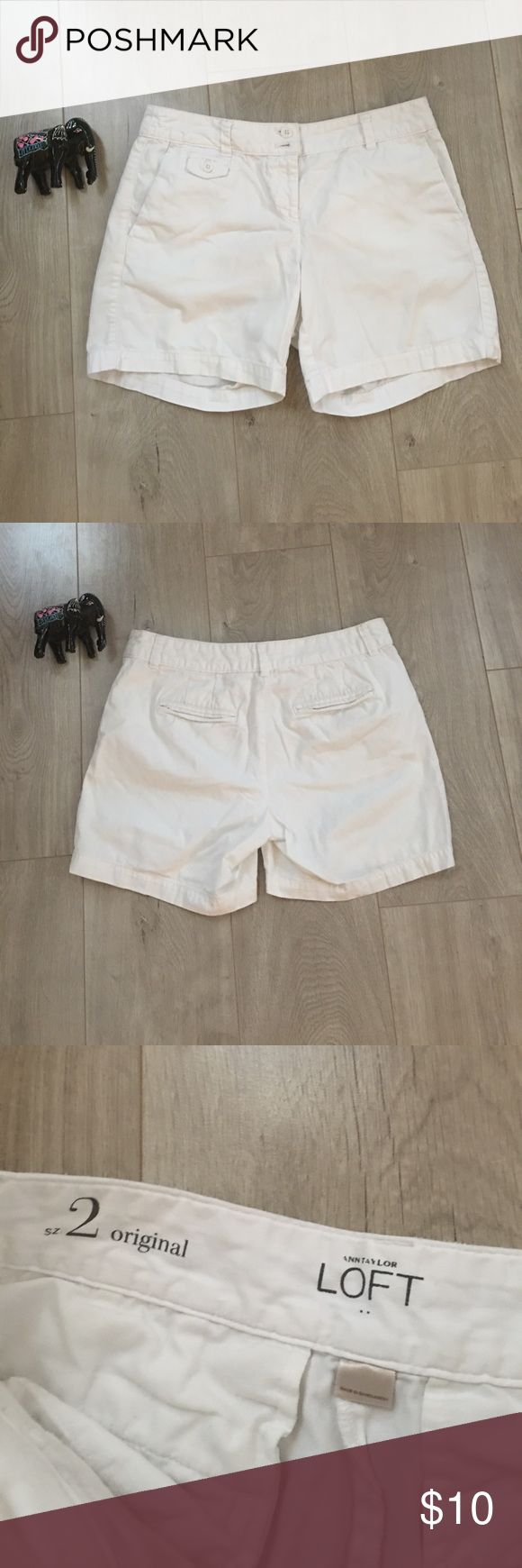 White shorts size 2 Anne Taylor Loft Women's white shorts size 2 Anne Taylor Loft Shorts
