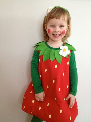 waleur: DIY-strawberry costume