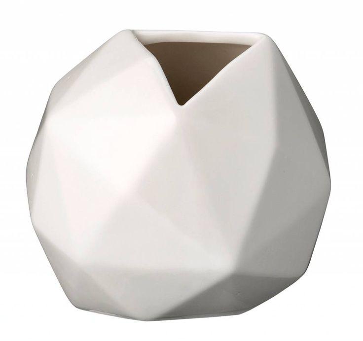 Bloomingville Diamond shape ceramic vase, white, Ø11x10cm 17euro