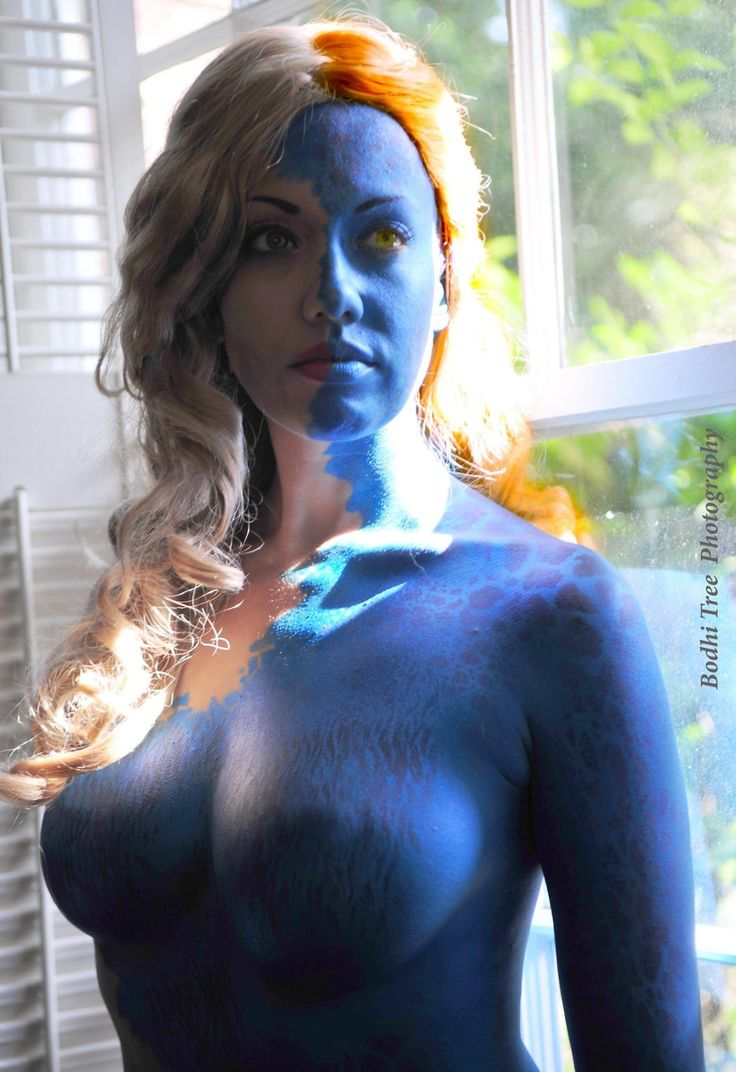 """victoriacosplay: """"Mystique Mid-Transformation (X-Men First Class). www.facebook.com/VictoriaCosplay www.victoriacosplay.blogspot.com Photographer:..."""