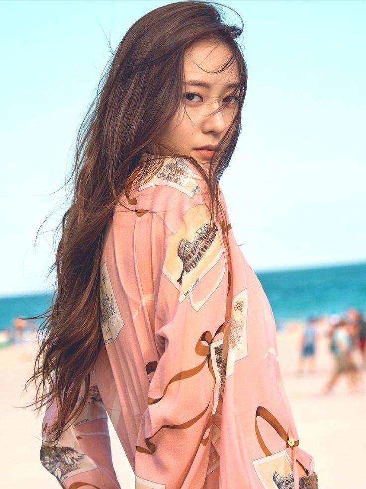 Krystal Jung #krystal #jung #fx #sm #smentertainment #kpop #beach #summer #sun