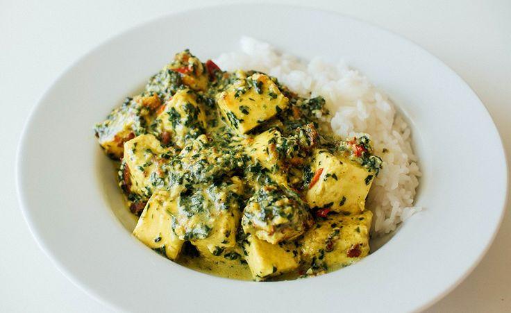 Indisk favoritt med tofu i kremet spinatsaus.