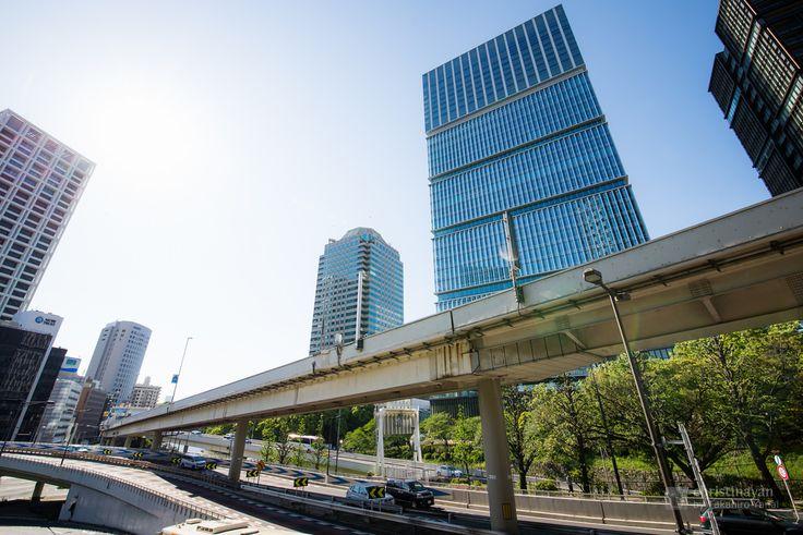 Tokyo Garden Terrace Kioicho, Kioi Tower (東京ガーデンテラス紀尾井町 紀尾井タワー).< /  Designed : Kohn Pedersen Fox Associates (外装デザイン:コーン・ペダーセン・フォックス). /  Architect : Nikken Sekkei (設計:日建設計).